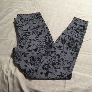 Wunder Under Tight Yoga Pants